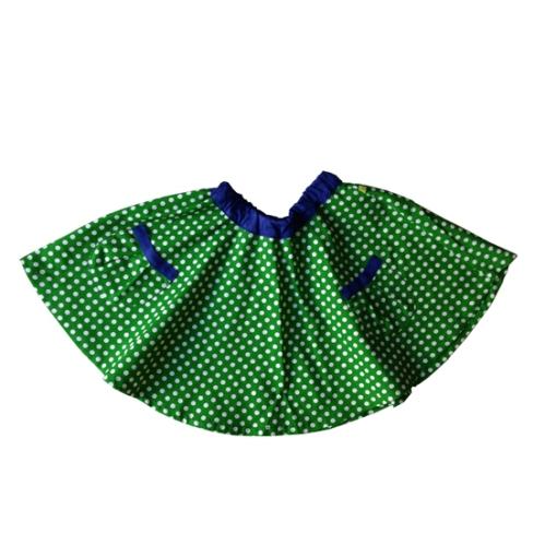 piri piri saia verde com bolinhas