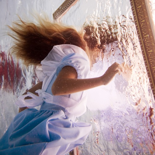 elena kalis alice in waterland 4